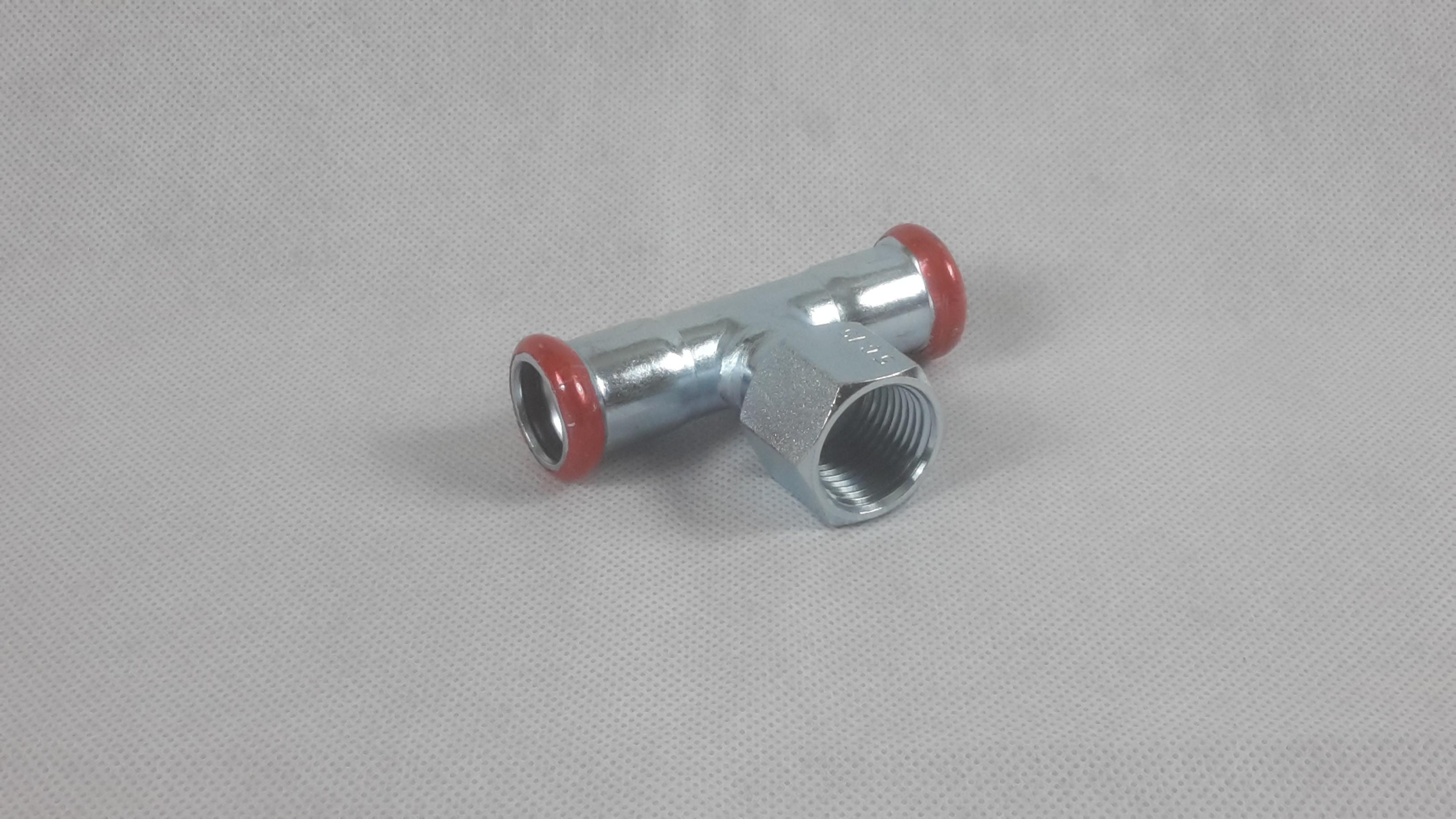 Pressfitting C-Stahl T-Stk mit Innengewinde